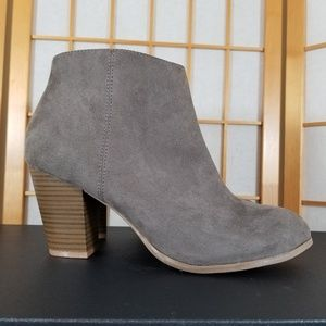 Old Navy Stacked Heel Ankle Booties